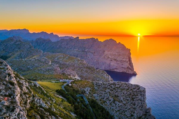 stunning sunsets you'll see on a Majorca Cylcing Holidays in the Autumn